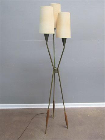 Vintage Mid Century Modern 3-Light Tripod Floor Lamp