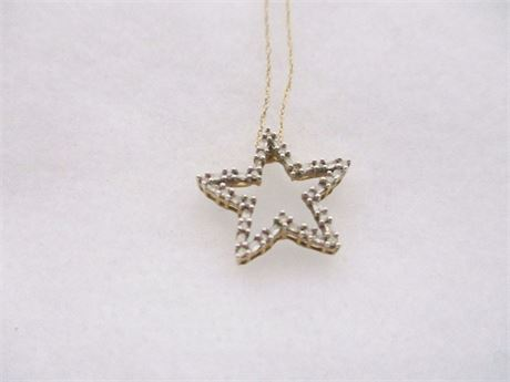 14K STAR PENDANT NECKLACE