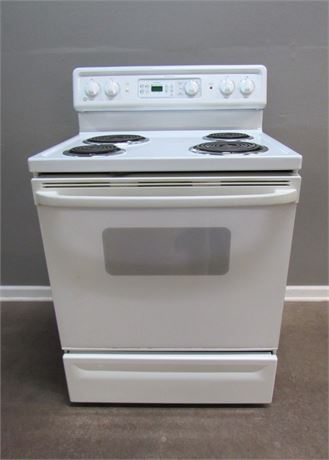 General Electric Spectra Electric Stove with Self-Cleaning Oven