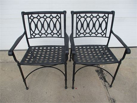 LOT OF 2 PATIO CHAIRS