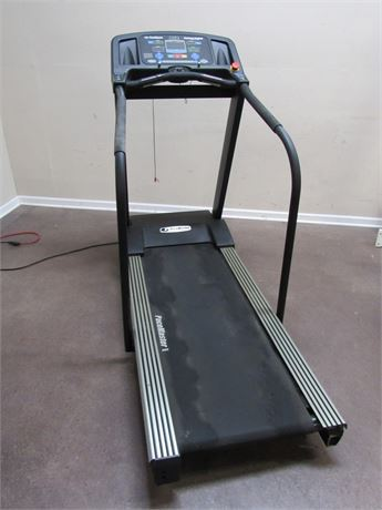 PACEMASTER PLATINUM PROCLUB LIGHT COMMERCIAL TREADMILL