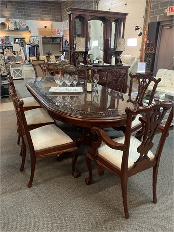 """Dining Table with Oval Glass Protective Top """" As Is"""""""