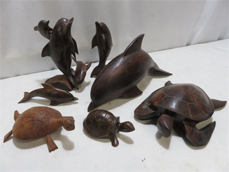 Decorative Wooden Animal Sculptures