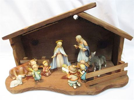 VINTAGE GOEBEL NATIVITY SET 214 TMK4