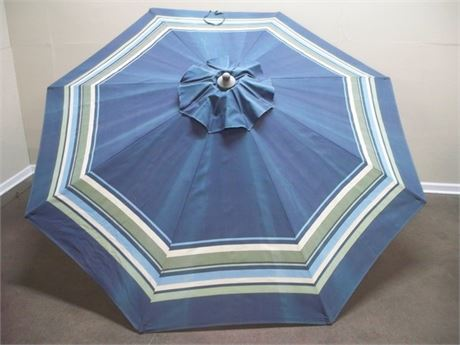 LARGE PATIO TABLE UMBRELLA WITH STORAGE BAG