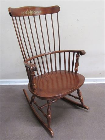 CHERRY FINISHED COMB-BACK WINDSOR ROCKING CHAIR