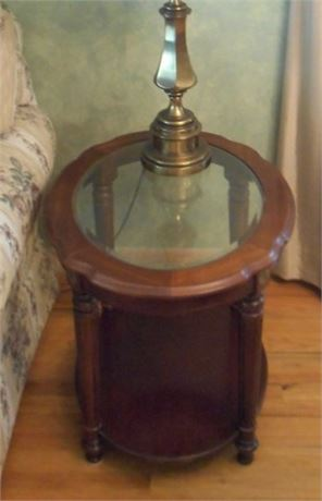 BEVELED GLASS AND WOOD OVAL END TABLE