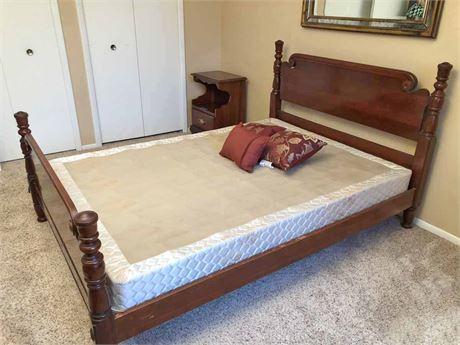Vintage Kling Solid Cherry Bed
