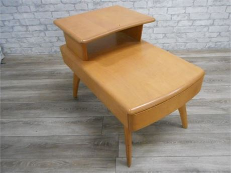 HEYWOOD WAKEFIELD MID CENTURY 2-TIER END TABLE