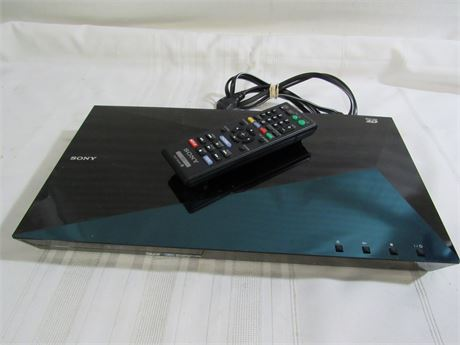 Sony 3D Blu-Ray Disc/DVD Player with Remote