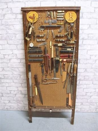 LARGE PEGBOARD WITH VINTAGE ITEMS - STRAIGHT RAZORS, KNIVES, POCKET KNIVES