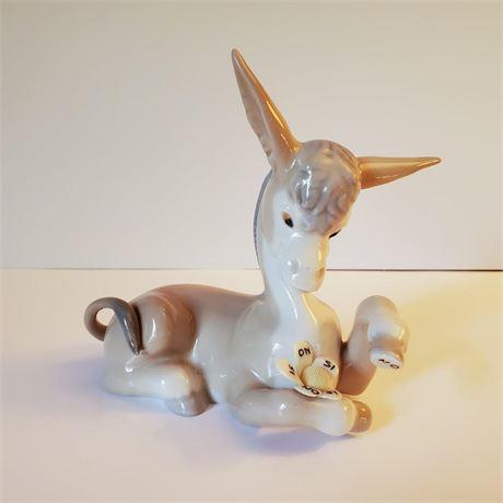 "Lladro Figurine ""Donkey In Love"" #4542"