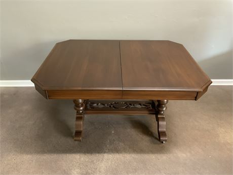 Old Colony Solid Wood Table w/Leaf