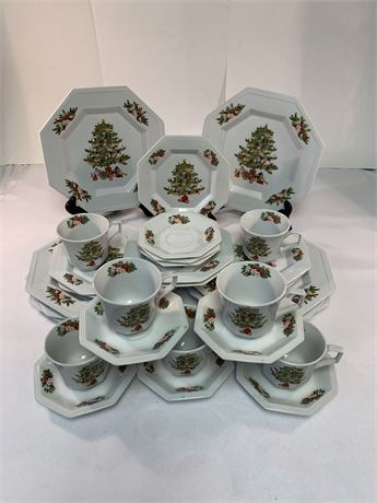 """Holiday Dishes  """"Fairfield Fine China"""""""