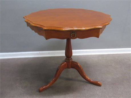 Pedestal Drum Table with 1 Drawer