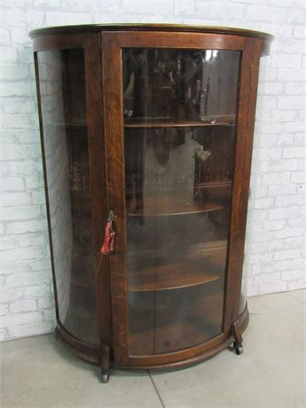 Vintage/Antique Curved Glass China Display Cabinet on Casters