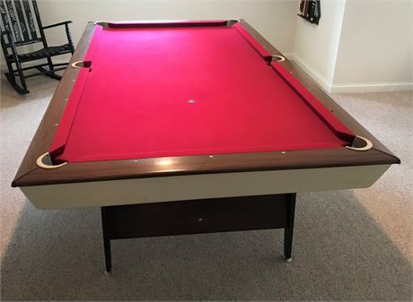 VINTAGE 1965 MID CENTURY BRUNSWICK EXECUTIVE 8 HOME BILLIARD TABLE