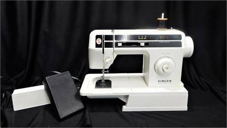 Singer Deluxe Free Arm Sewing Machine