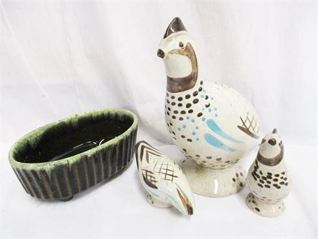LOT OF VINTAGE CERAMICS FEATURING RED WING POTTERY