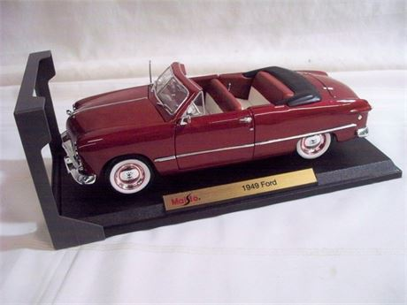 1:18 SCALE MAISTO SPECIAL EDITION DIECAST - 1949 FORD CONVERTIBLE WITH BOX