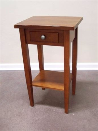 SMALL 1 DRAWER SIDE TABLE