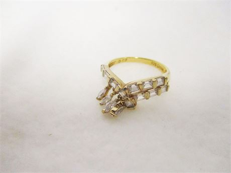 STERLING SILVER SIZE 8 RING