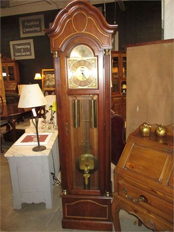 HOWARD MILLER CURIO GRANDFATHER CLOCK - MODEL 610-320