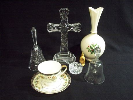 7 PIECE MISC. GLASS/POTTERY LOT INCLUDING WATERFORD HAVILAND AND LENOX