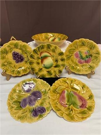 Lot of Sarreguemines Decorative Bowl, 5 Plates
