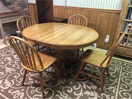 Dinaire Furniture Dining Table