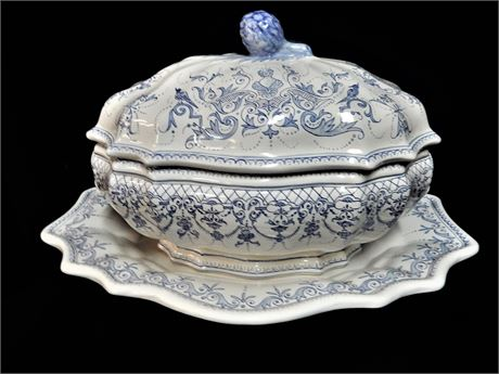 Large Vintage Signed Decor.Moustiers Fait.Main Soup Tureen with Matching Platter