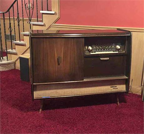 Mid Century Blaupunkt Stereo Console w/Cocktail Cabinet