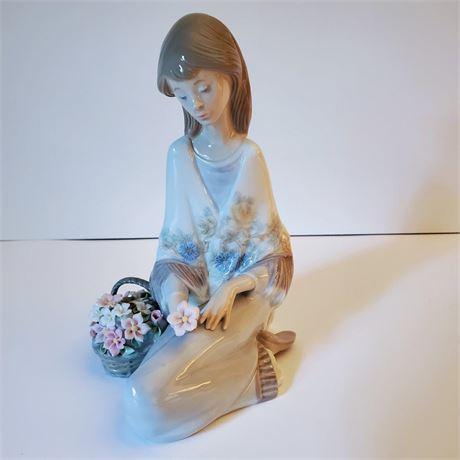 "Lladro Figurine ""Flower Song"" #7607"
