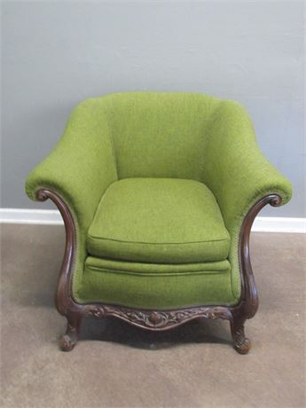 Vintage/Antique Chair with Nice Carved Details.