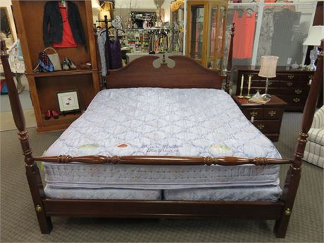 Chippendale Style King Size Cherry Poster Bed