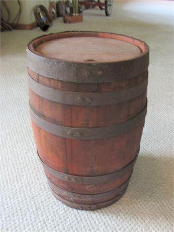 Vintage Oak Keg/Barrel with 6 Metal Straps