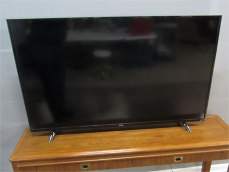 "TCL 55"" Flat Panel TV with Remote"