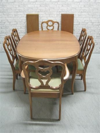 VINTAGE DINING TABLE WITH 6 NEEDLEPOINT CUSHION CHAIRS