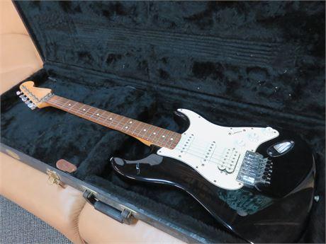 "FENDER ""Fat Strat"" Stratocaster HSS Electric Guitar"