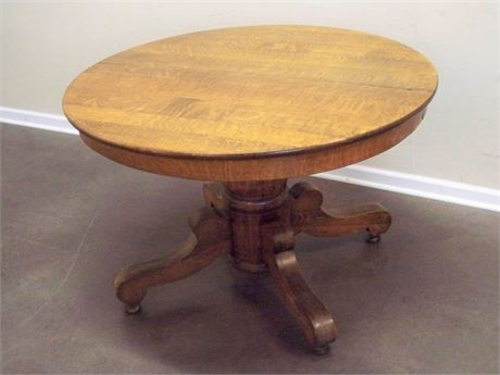 ANTIQUE QUARTER SAWN/TIGER OAK PEDESTAL DINING TABLE