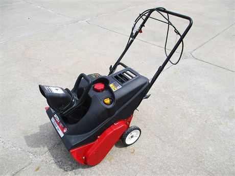 "MTD 21"" SNOWBLOWER WITH ELECTRIC START"