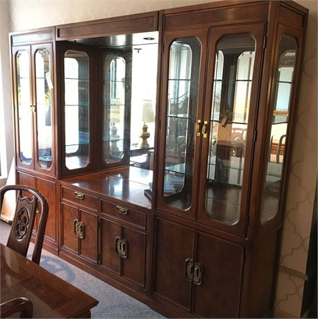 THOMASVILLE Asian Inspired Lighted China Hutch Wall Unit
