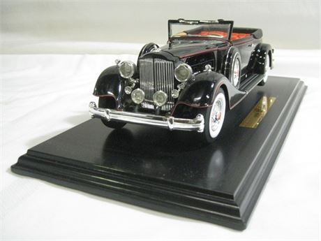 ANSON PRESTIGE EDITION 1934 PACKARD - 1:18 WITH BOX