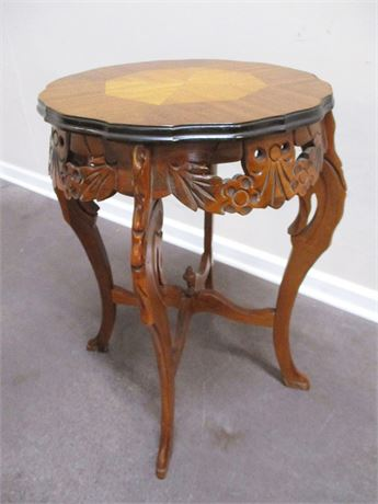 STUNNING VINTAGE CARVED SIDE TABLE WITH INLAID TOP