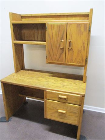 2-DRAWER DESK WITH HUTCH