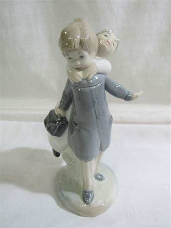 ZAPHIR/LLADRO - GUESS WHO FIGURINE