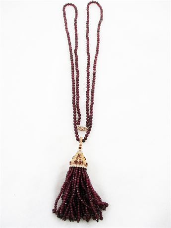 14K GOLD AND GARNET NECKLACE