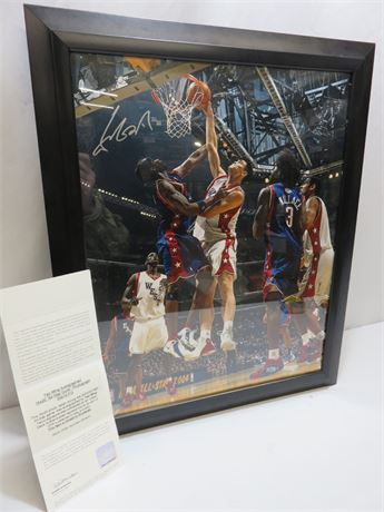 YAO MING Limited Edition Signed 16X20 Photo w/UPPER DECK COA