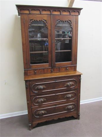 GREAT LOOKING ANTIQUE VICTORIAN BUREAU/SECRETARY DESK WITH HUTCH