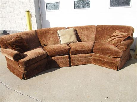 2-PIECE PAISLEY SECTIONAL BY HARRISON'S